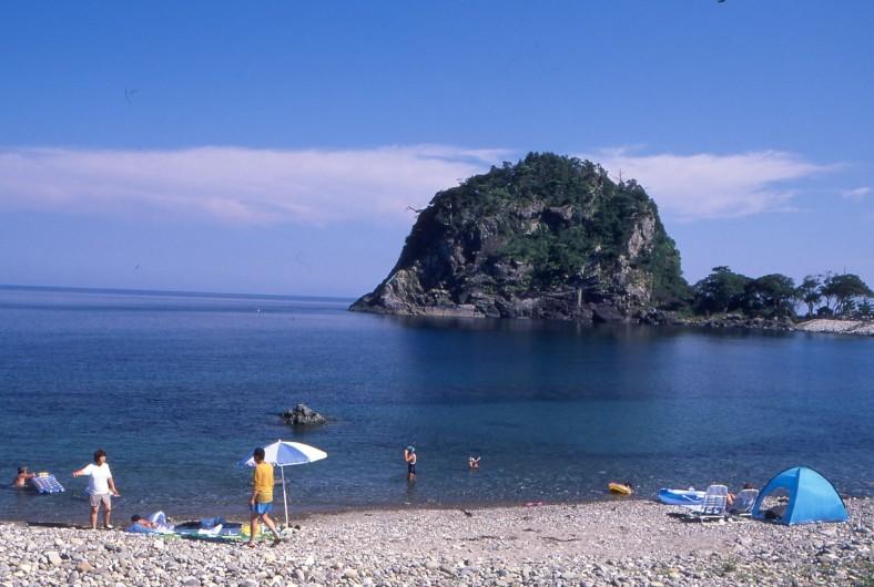赤亀風島海水浴場