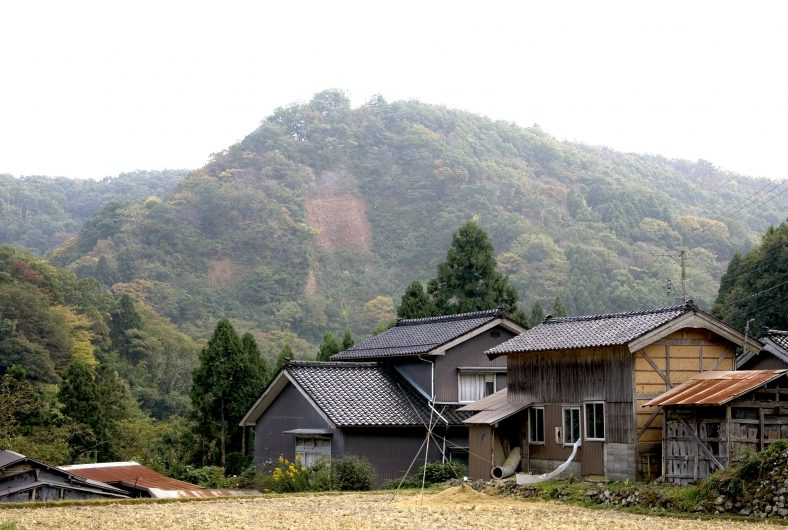 西三川砂金山01